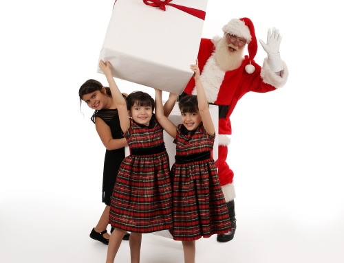 Santa's Back & New Holiday Sessions Available